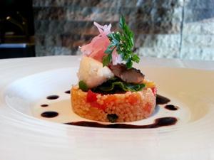 クスクスのサラダ仕立て 秋刀魚のスモークとブランタード添え