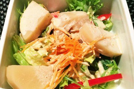 『 タケノコのサラダ 』です。